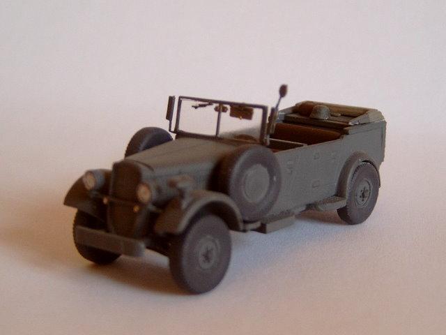 """Qhorin's Infanterieregiment """"Breisgau"""" Skoda-superb-typ-952-kuebelwagen-attack-hobby-kits"""