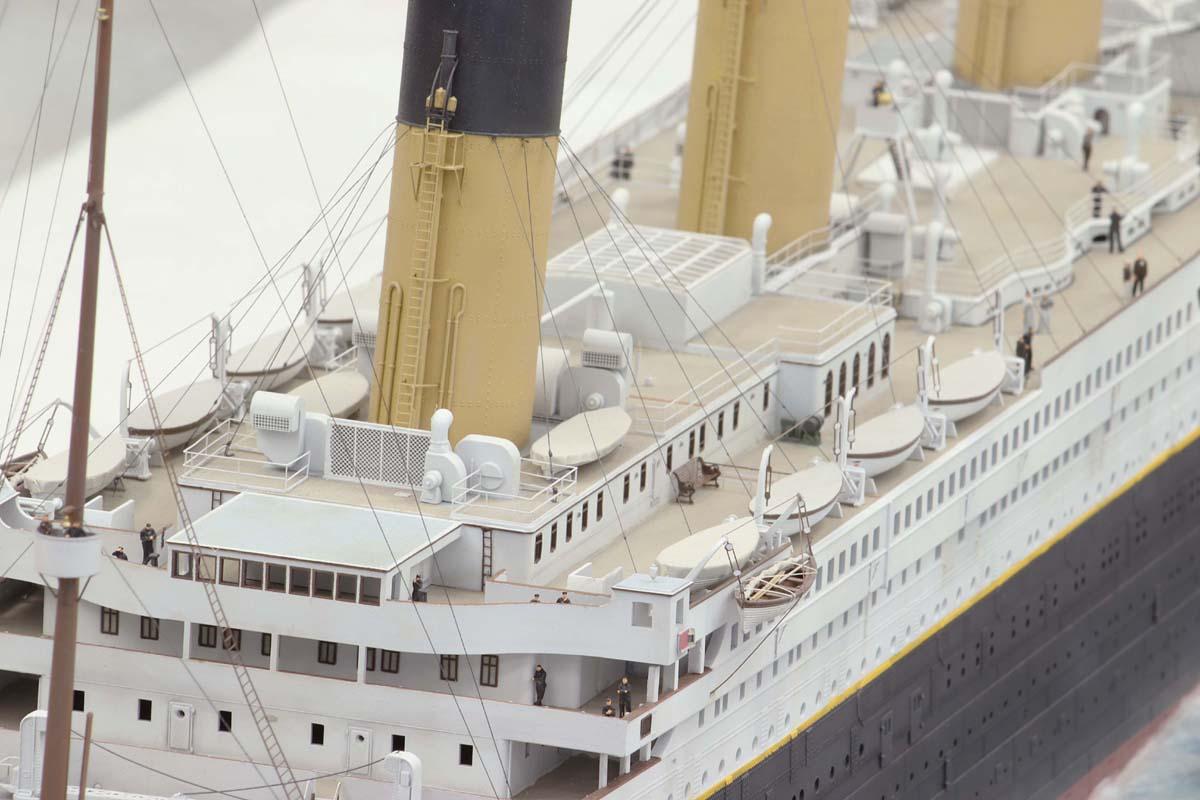 Titanic au 1/200 Trumpeter - Page 3 TITANIC11