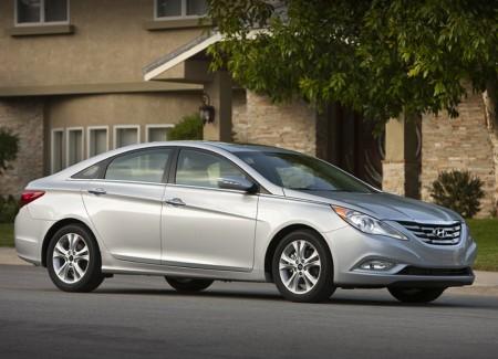 Recherche voiture de tout les jours - Votre avis 2011-Hyundai-Sonata-3-450x325