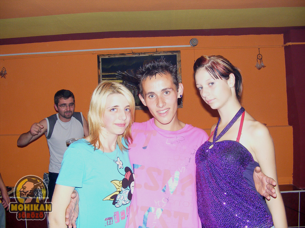 Discoteca en Hungría. Fotos Mohikan Soroko Dscf2976