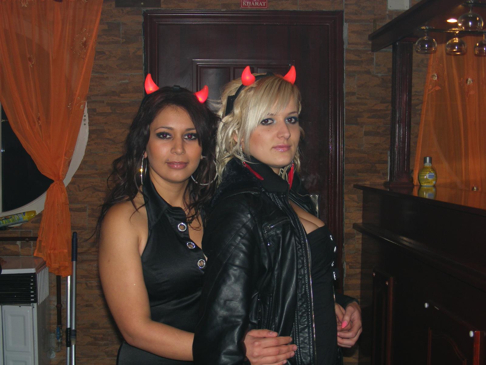 Discoteca en Hungría. Fotos Mohikan Soroko Mikulas-2010-001