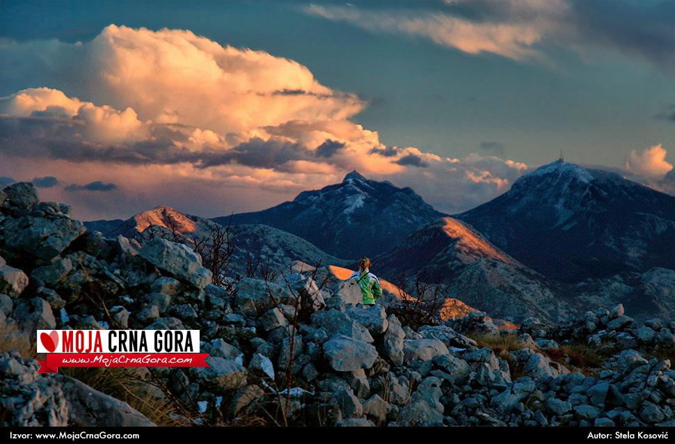 Crna Gora Mcg-slika-dana-2013-08-30-velji-vrh-risan-stela-kosovic