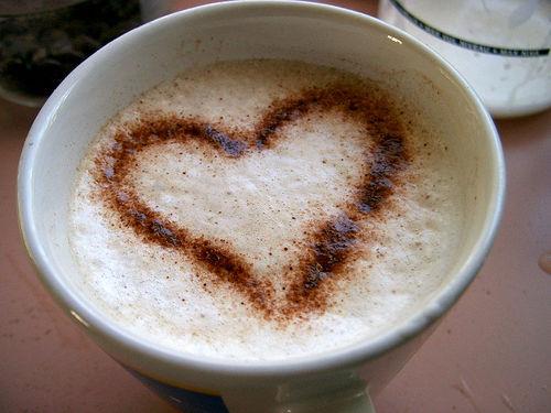 ذرات الملح على حوآف فنجآن قهوتي Coffee-743935