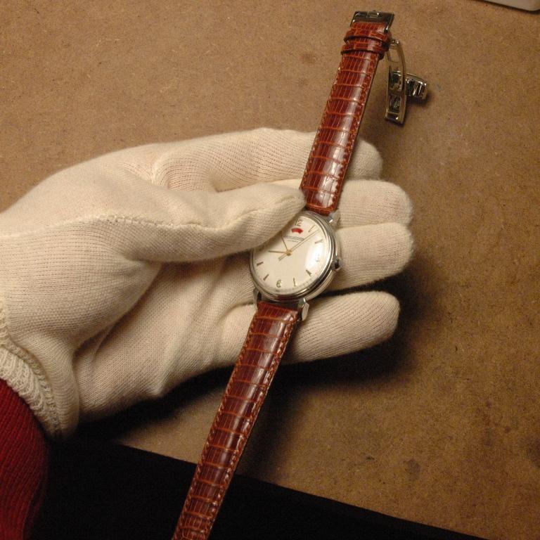 Confection de bracelet à la main Jaeger_lecoultre_powermatic_26