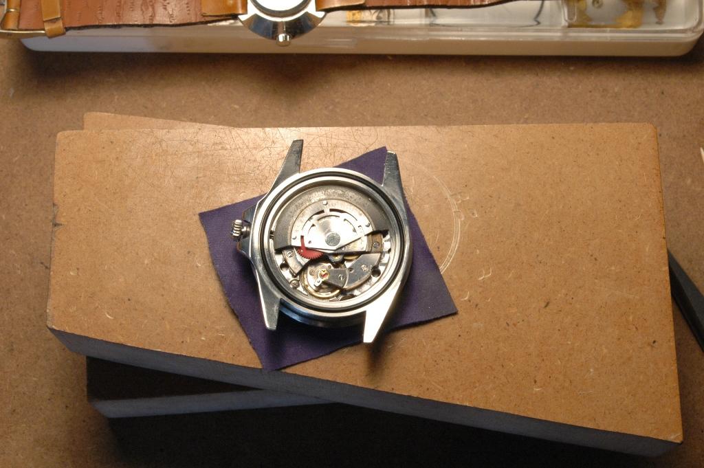"""Révision rolex GMT 16750 """"Spider"""" Cal.3075 Rolex_gmt_spider_40"""
