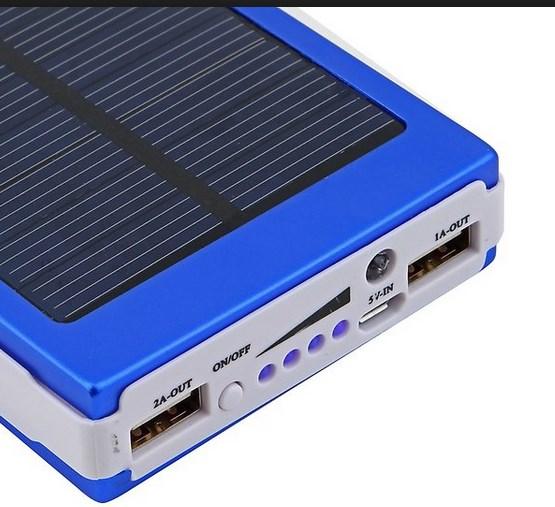 Внешний Аккумулятор на солнечных батареях Power-bank-50-000-mah-%D1%81-%D1%81%D0%BE%D0%BB%D0%BD%D0%B5%D1%87%D0%BD%D0%BE%D0%B9-%D0%B1%D0%B0%D1%82%D0%B0%D1%80%D0%B5%D0%B5%D0%B9-3