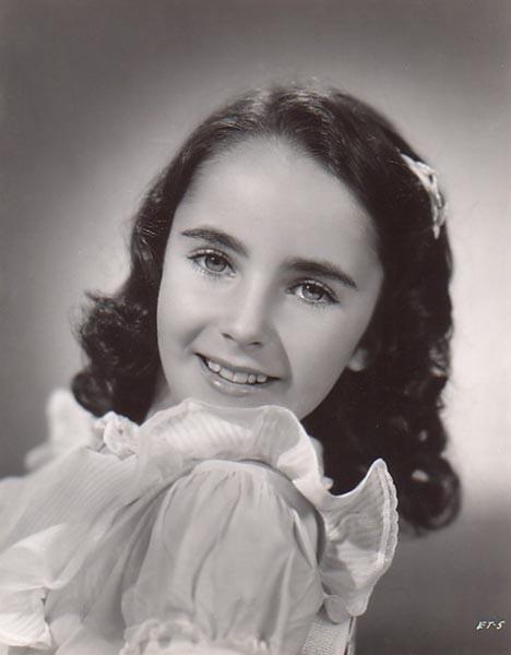 Elizabeth Taylor - Page 3 Young_elizabeth_taylor-1941-age-10