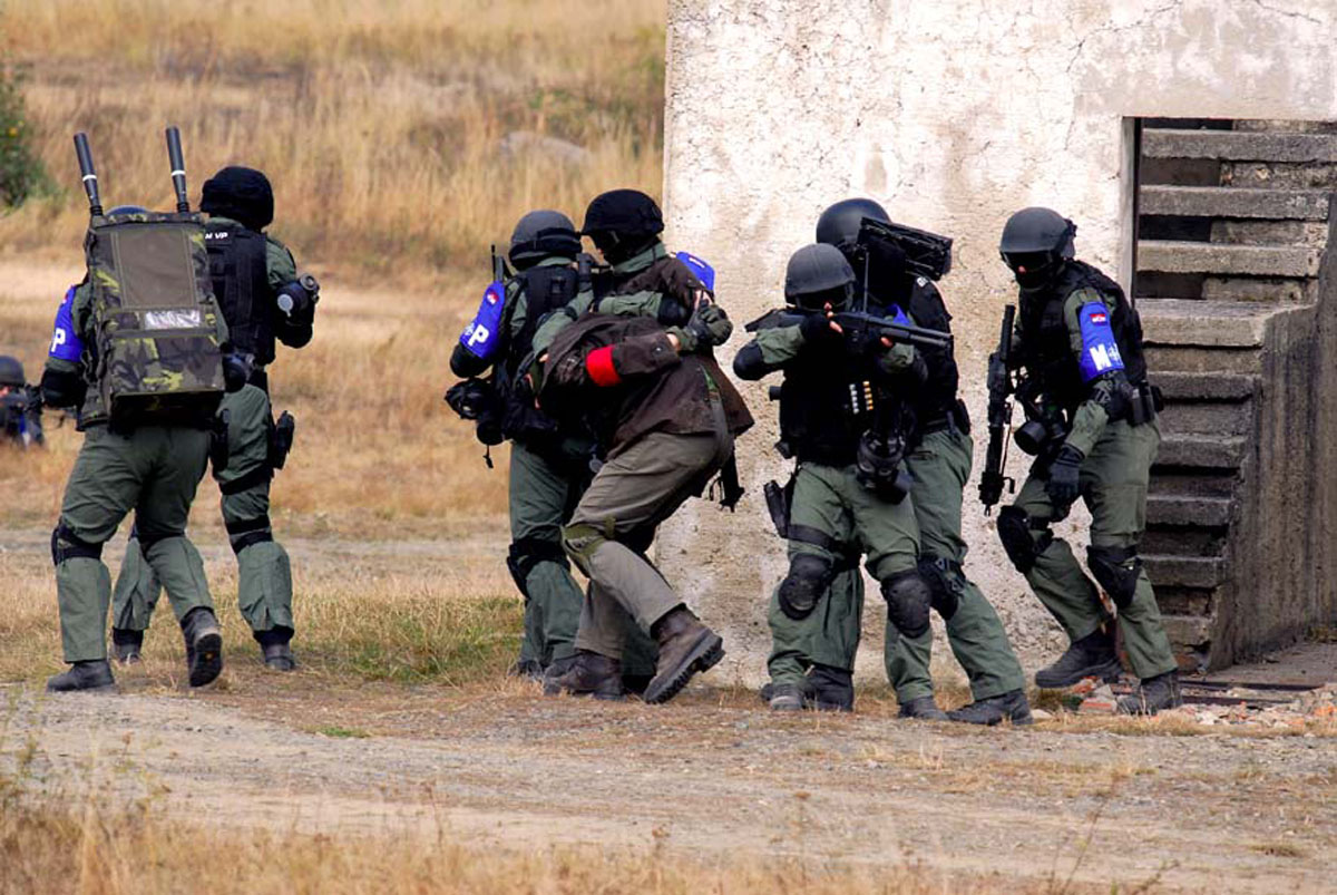 exercice OTAN Black_bear_22092009_6