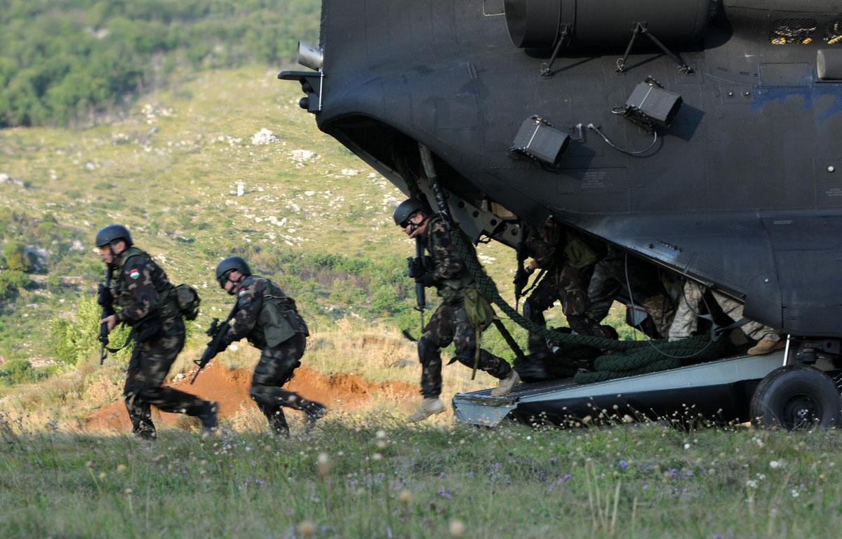 exercice OTAN Js09_land_23092009_2