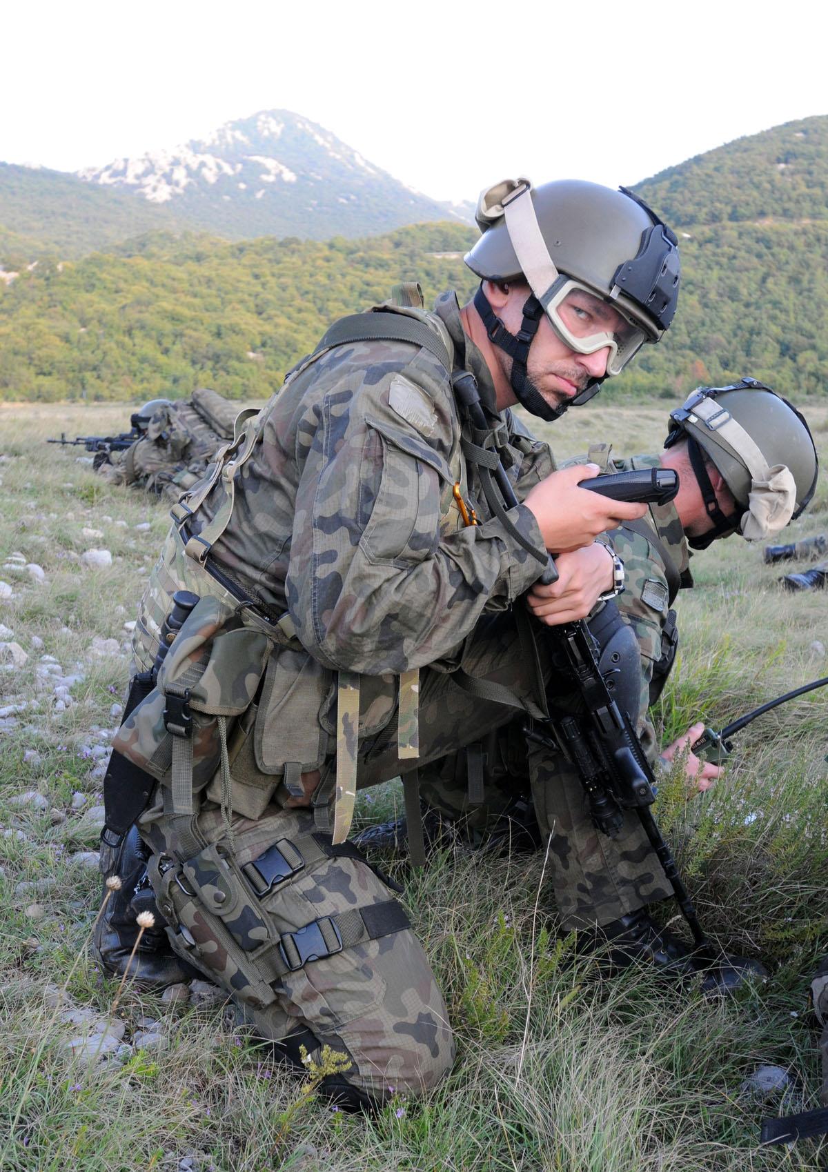 exercice OTAN Js09_land_23092009_4