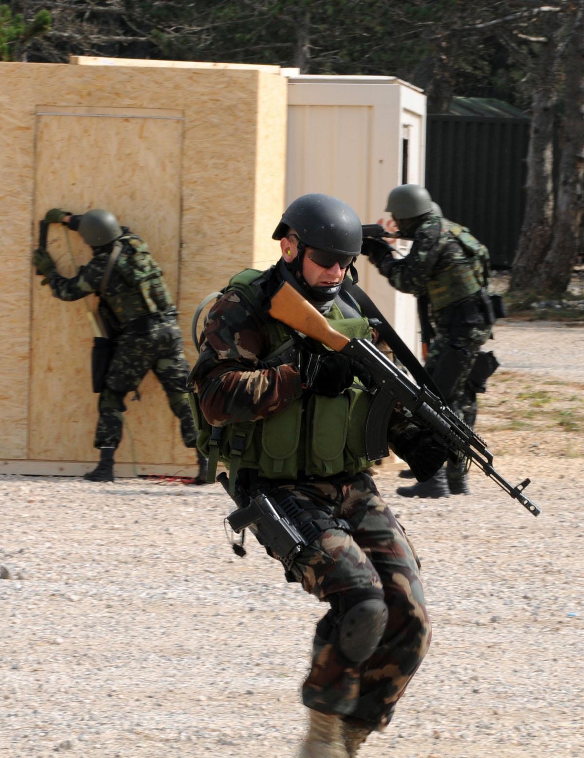 exercice OTAN Js09_udbina_20090917_41