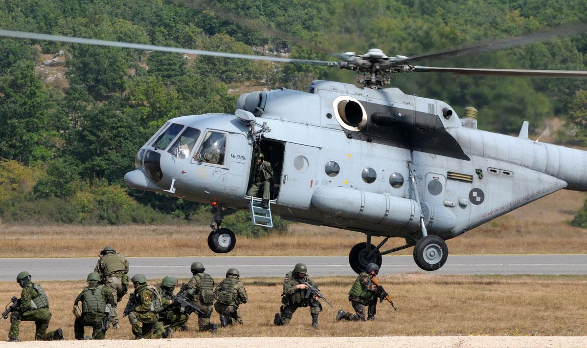 exercice OTAN Js09_udbina_20090917_43