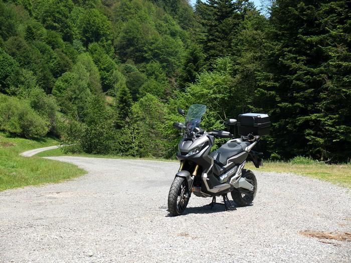 Integra X-ADV un Scoot- Trail Honda très attachant - Page 9 DSCF0140Copie