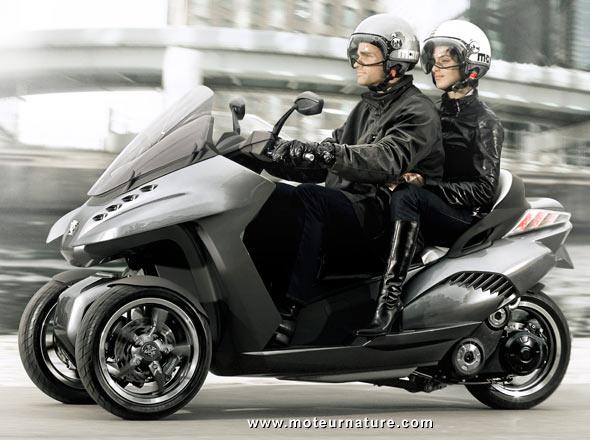 Les essais presse du Metropolis/Metropolis RS Peugeot-scooter-hybrid3-0