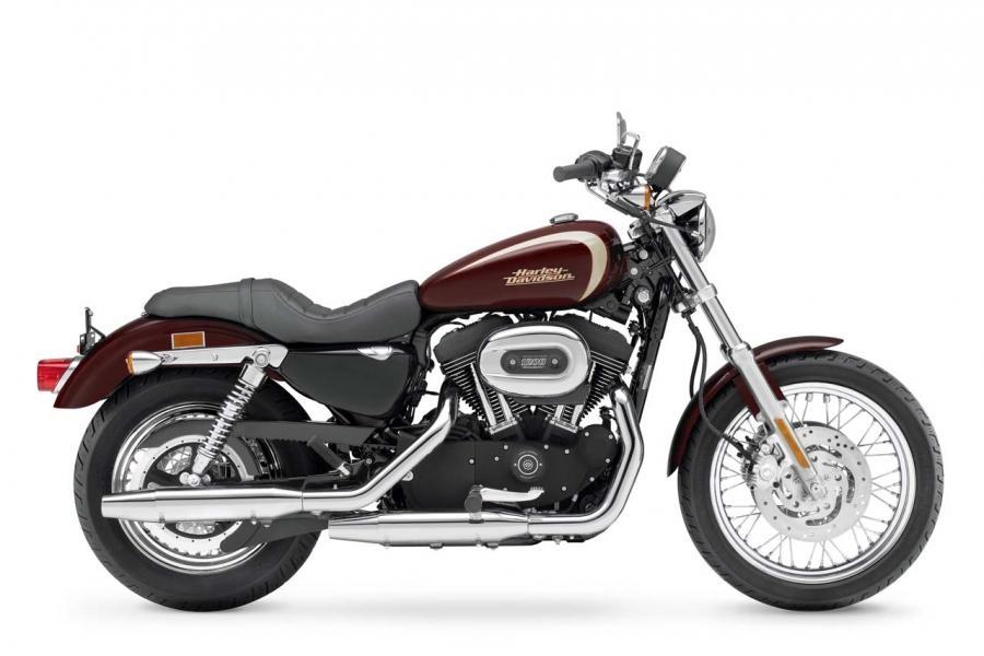modifier une iron 883 en 1200 1_big_hd_xl_1200r_sportster_1200_roadster