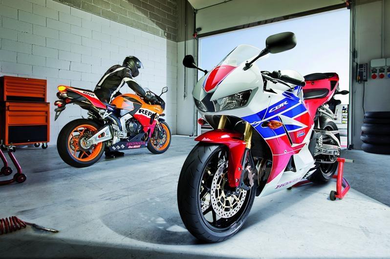 CBRRRRRRRRRRRRRRRRR (quasimodo) Honda-cbr600rr-2013-01