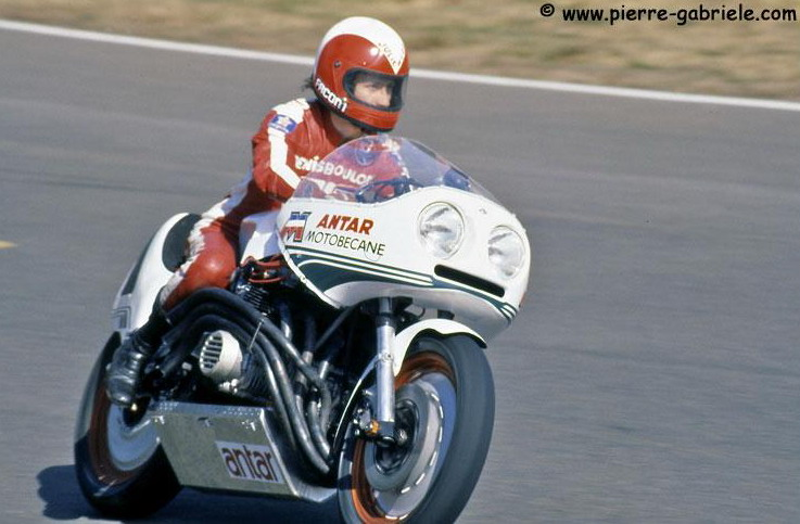 Bol d'or classic 2012 - Page 2 Benelli%20Boulom