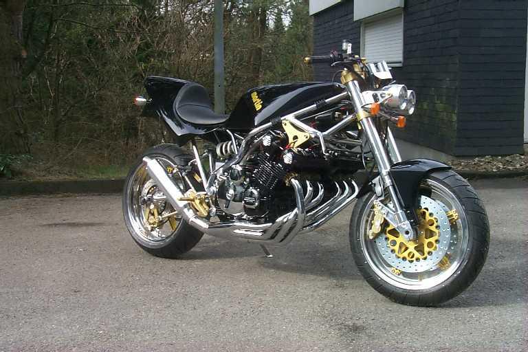 Ein Gross Honda söSix !!! Honda_CBX_hoppe02