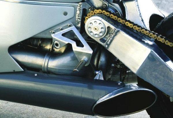 Une turbine dans une moto 1