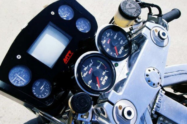 Une turbine dans une moto 6