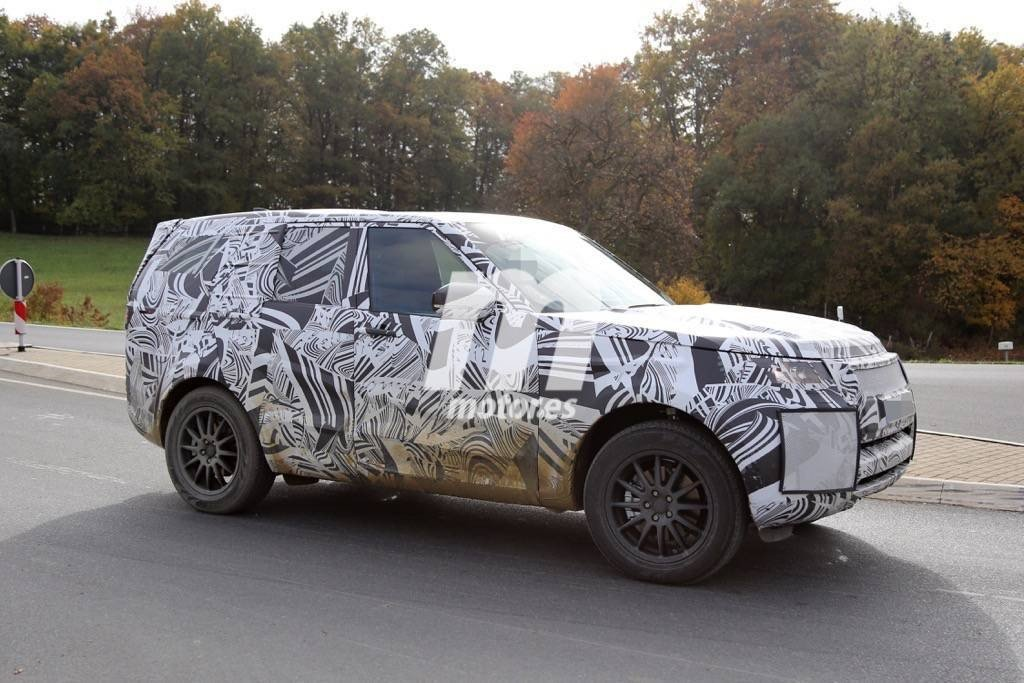 2016 - [Land Rover] Discovery V Land-rover-discovery-2017-201523863_5