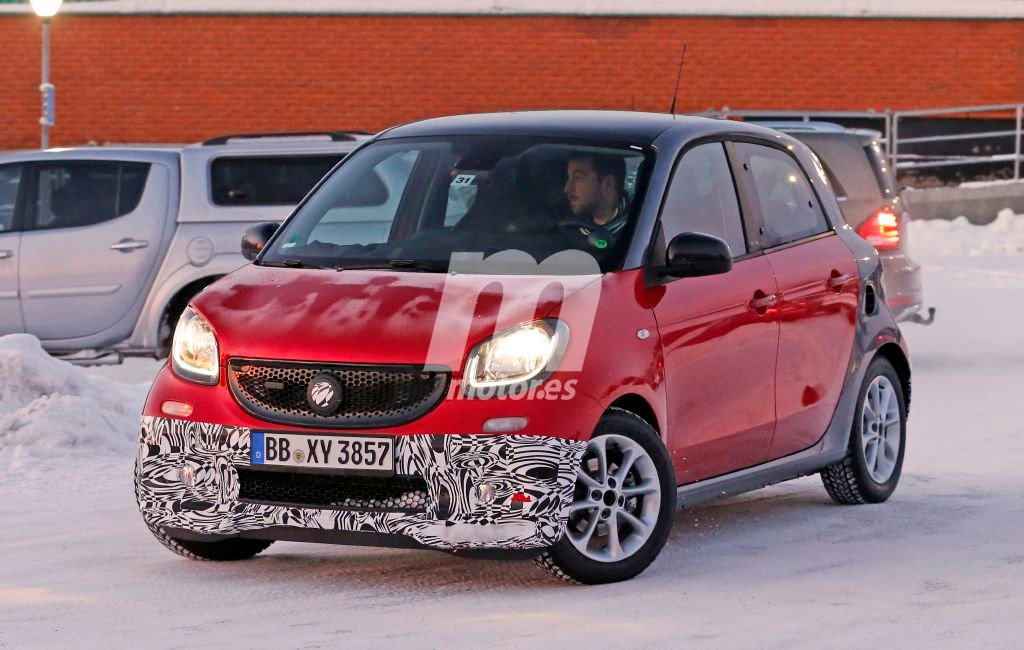 2014 - [Smart] Forfour [W453] - Page 21 Smart-forfour-brabus-201525027_2