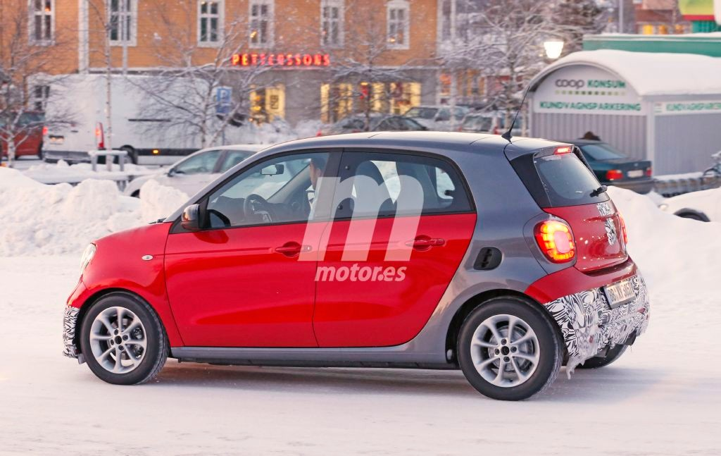 2014 - [Smart] Forfour [W453] - Page 21 Smart-forfour-brabus-201525027_6