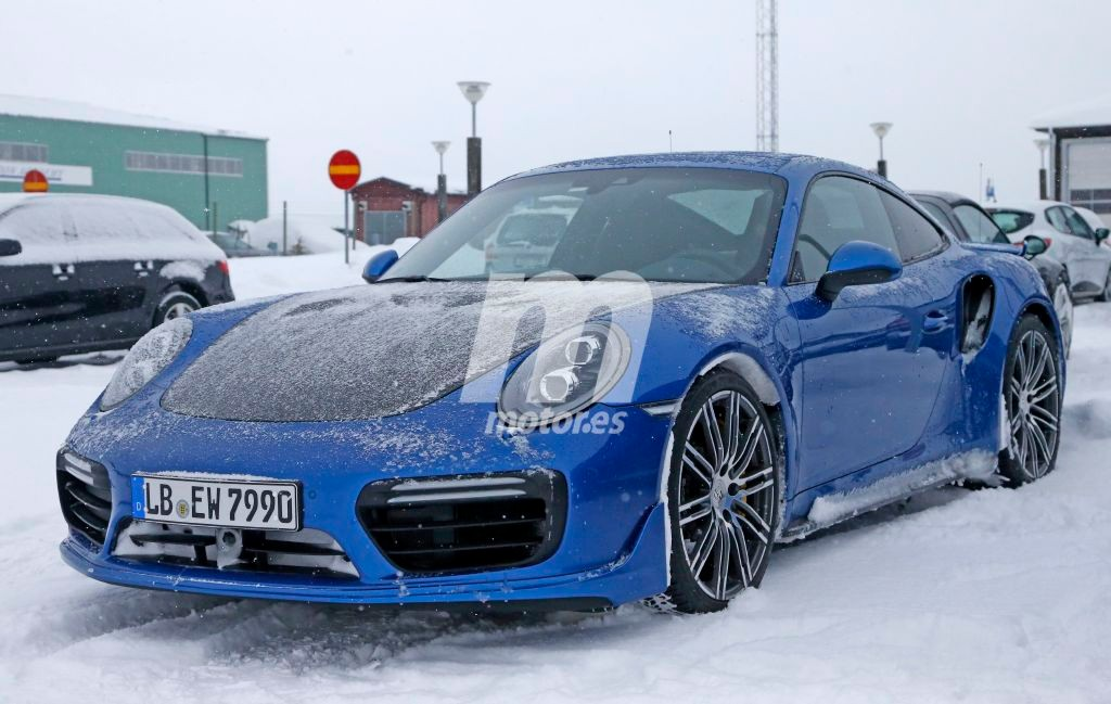 2015 - [Porsche] 911 Restylée [991] - Page 10 Porsche-911-gt2-rs-201626440_4