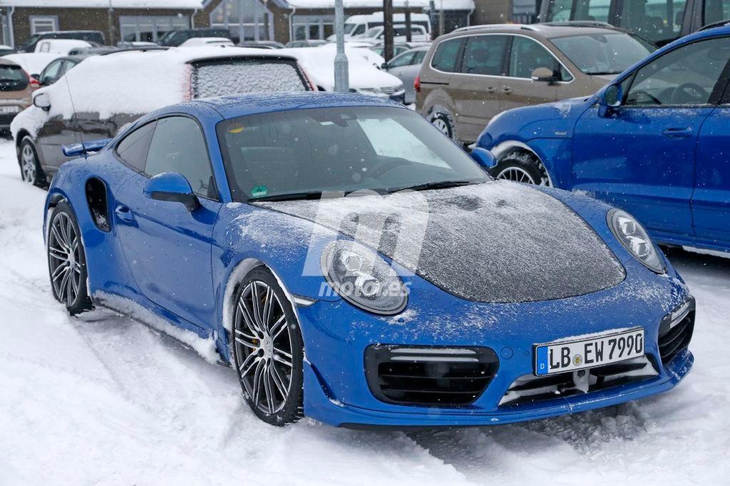 2015 - [Porsche] 911 Restylée [991] - Page 10 Porsche-911-gt2-rs-201626440_7
