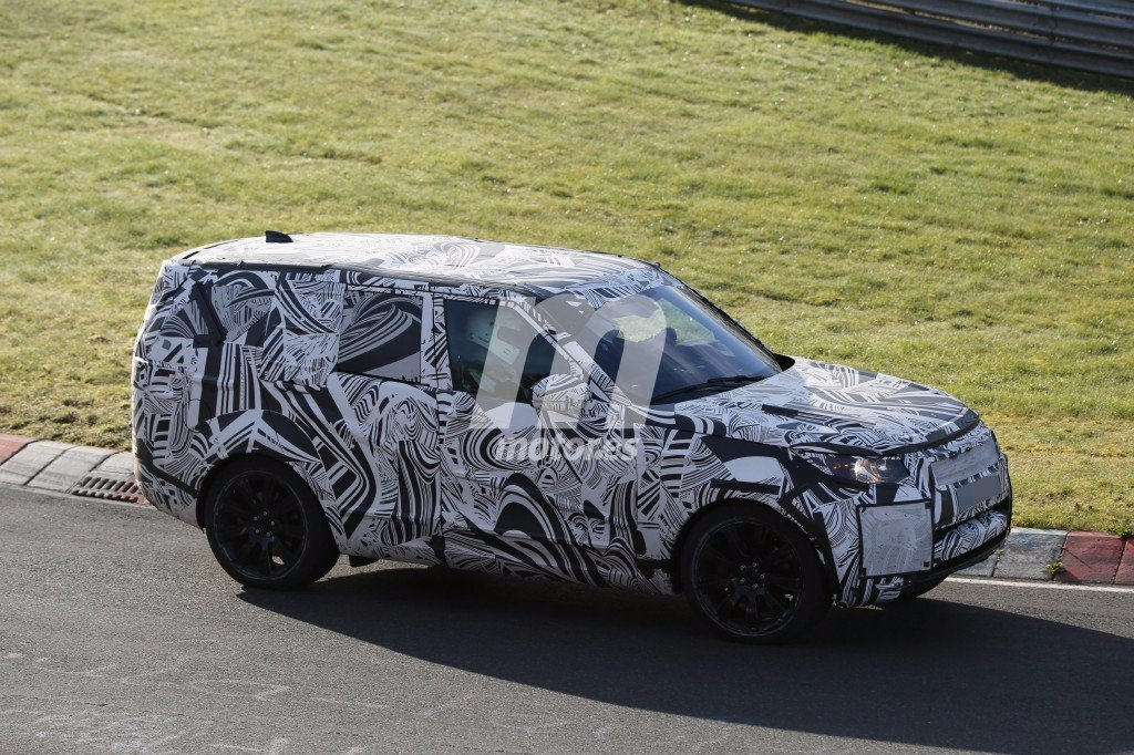 2016 - [Land Rover] Discovery V - Page 3 Land-rover-disocvery-2018-201627116_3