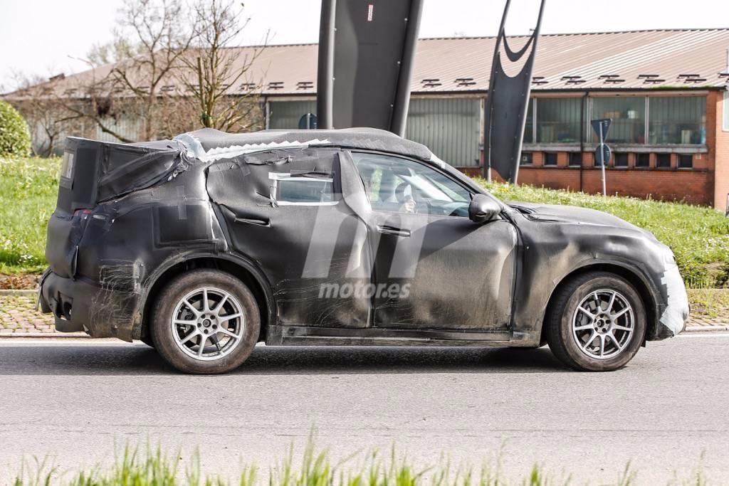 2017 - [Alfa Romeo] Stelvio [Tipo 949] - Page 17 Primeras-fotos-alfa-romeo-stelvio-201627046_7