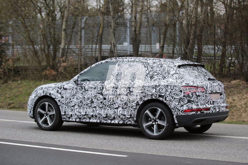 2016 - [Audi] Q5 II - Page 6 Audi-q5-2017-201627555_6
