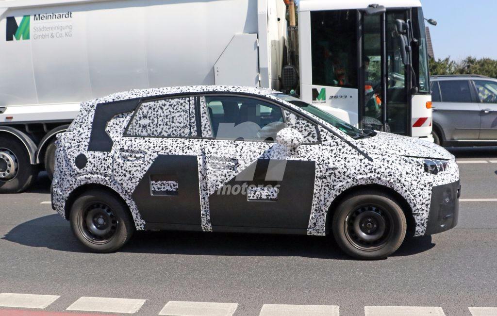 2017 - [Opel] Crossland X [P1MO] - Page 6 Opel-meriva-interior-201627559_7