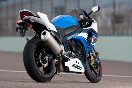 Duvida escape Srad 1000 2012-Suzuki-GSX-R1000-Rear-Right-12-0177