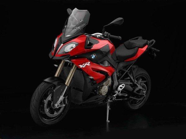 Para quem gosta de viajar de moto... BMW-S1000-XR-2015-01-600x450