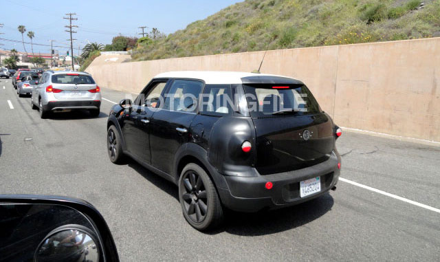Mystery Countryman Spotted Testing in California DSC004581