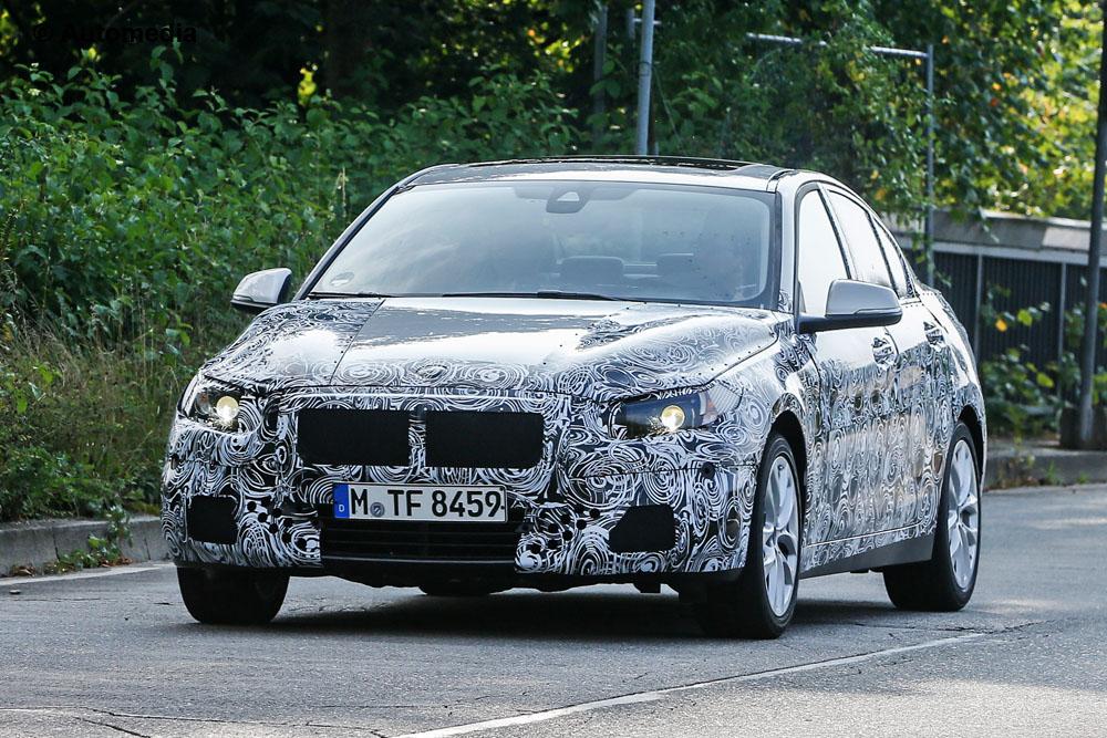 2016 - [BMW] Série 1 Sedan [F52] - Page 2 Bmw-1-series-sedan-001