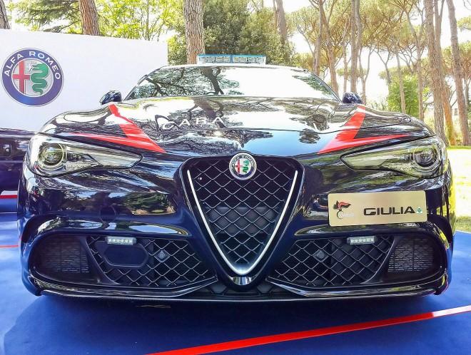 Divise andranno in SEAT - Pagina 2 Alfa-Romeo-Giulia-Carabinieri-2-e1462451025748