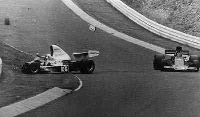Lendas do Moto GP Mike_acidente_74
