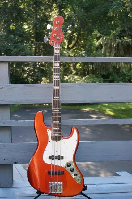 """Fender """"relic"""" ou """"vintage"""" Basses 65FenderJazz1"""