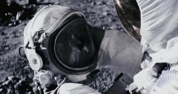 Last Horror Movie Watched - Page 6 Apollo-18-helmet