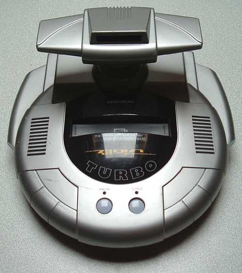 Os computadores que viraram videogames. Daewoo_CPG-120_Zemmix_Turbo