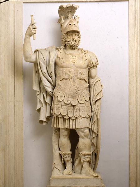 La magia de la historia Muggle [OFICIAL] Statua_colossale_di_marte_pirro