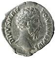 Denario de Marco Aurelio. CONSECRATIO. Águila sobre altar 44843-1