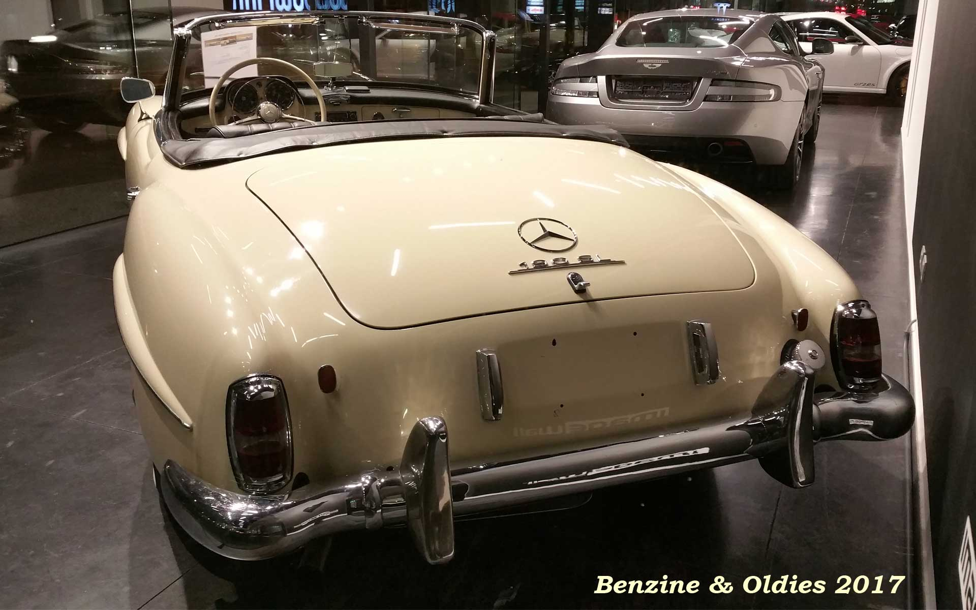 Une Mercedes-Benz 190 SL - w121 b2 - à vendre chez Vandenberghe à Sint-Martens-Latem (Belgique) Mb_w121b2_190_sl_street_170321_09_w1920