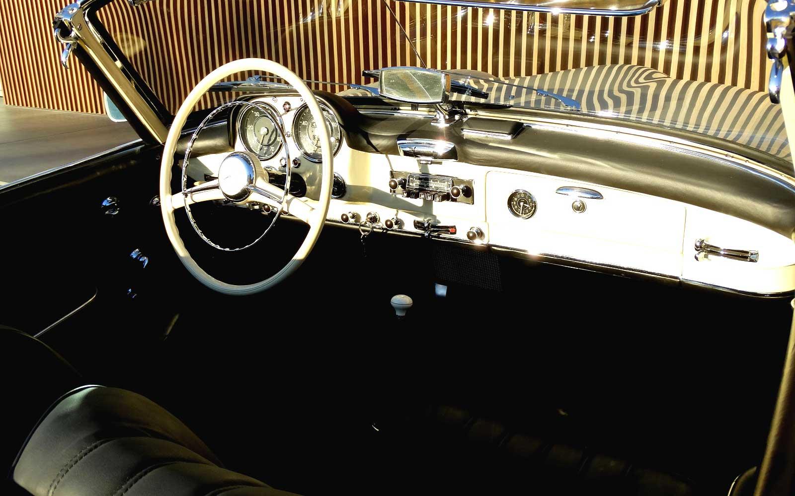Une Mercedes-Benz 190 SL - w121 b2 - à vendre chez Vandenberghe à Sint-Martens-Latem (Belgique) Mb_w121b2_190_sl_street_170321_15_w1600_1000