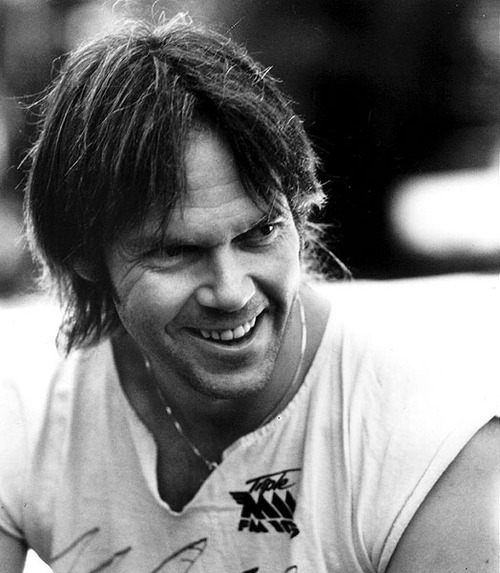 Neil Young 1eyyf