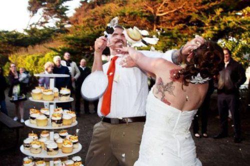 Svadbe ..dobre , smešne , katastrofalne.. - Page 3 Crazy-fun-weddings-21