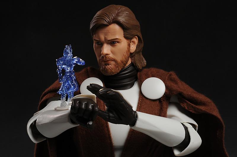 Obi-Wan Kenobi: General – Clone Wars 12-inch Figure - Page 2 Review_12cloneobi_1