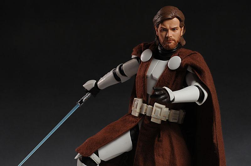Obi-Wan Kenobi: General – Clone Wars 12-inch Figure - Page 2 Review_12cloneobi_1b